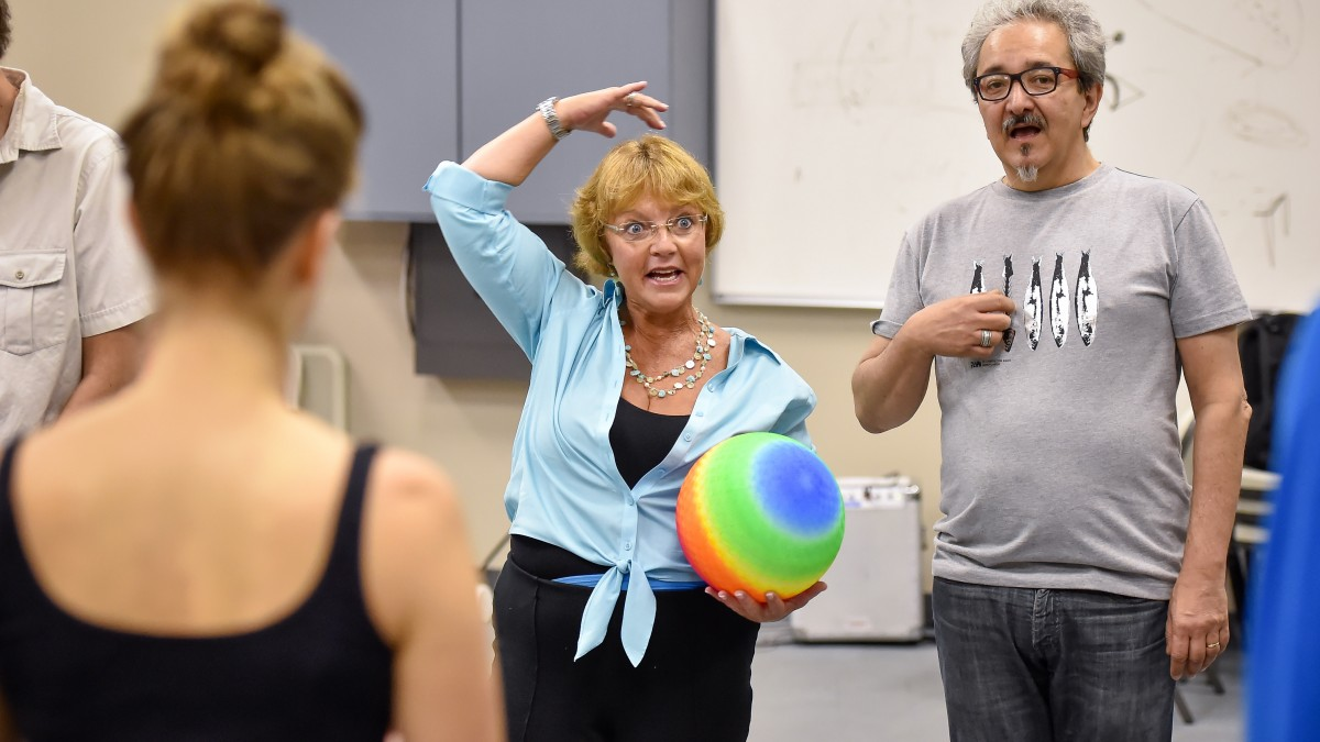 Image of Karen McCarty and Wellington Noguiera teach a medical clowning workshop at SDA.