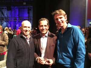 (l to r) SCA Professor Barnet Kellman, Tony Shalhoub and SDA Interim Dean David Bridel